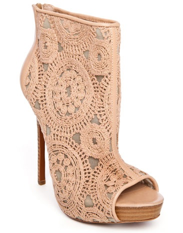 Peep-toe Lace Overlay Bootie: Darling Shoes, Glamorous Shoes, Fierce Shoes, Clothes Shoes Bags, Outfits Shoes, Adorable Shoes, Jewelry Shoes, Heels Shoes, Shoes Cj S