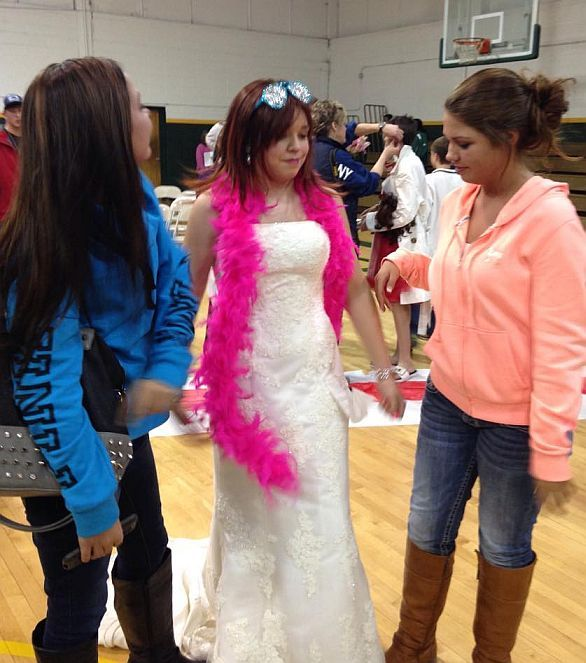 1476 Best Images About Womanless Pageants And Halloween On Pinterest Disney Princess Cosplay