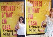 Mulheres se irritam com tom da campanha de Skol e alteram mensagem de outdoor
