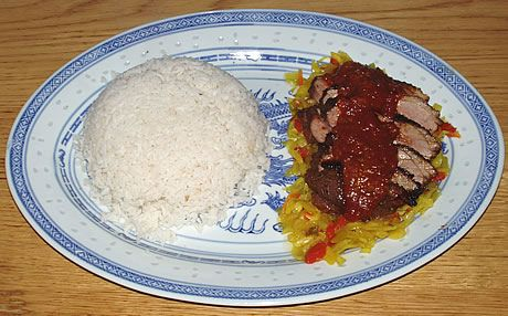 Ajam Pangang (gekruide kip of eend uit de oven), bereid met eendenborstfilet. Een Indonesisch gerecht bereid door de Happy Chief Cook.