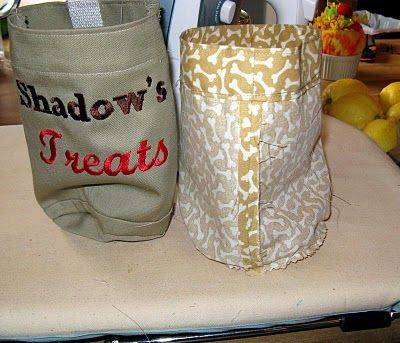 Drawstring treat pouch DIY, round with flat bottom. Exactly what I needed!