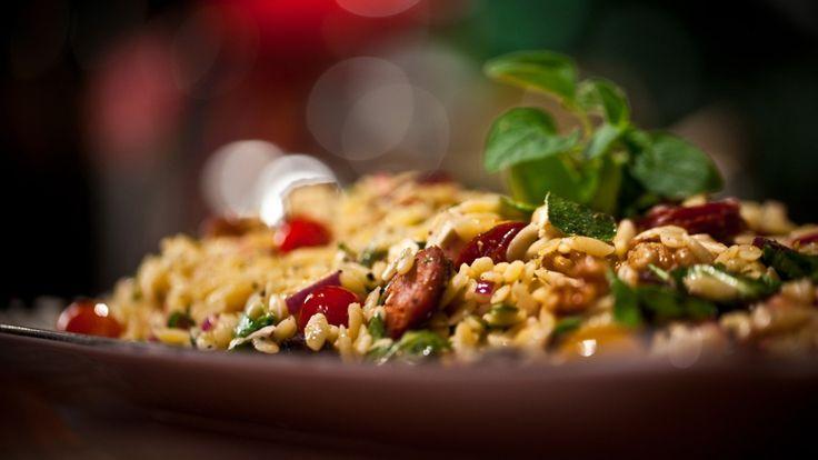 Salade d'orzo au chorizo et à la féta