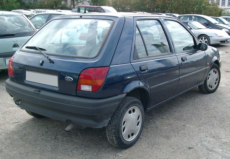 The Espace made way for car 21 a Ford Fiesta