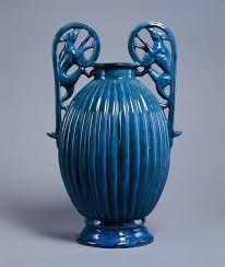 Risultati immagini per vasi blu antica roma