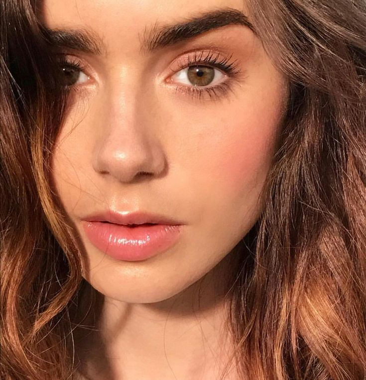 Lily Collins #makeupeyebrows