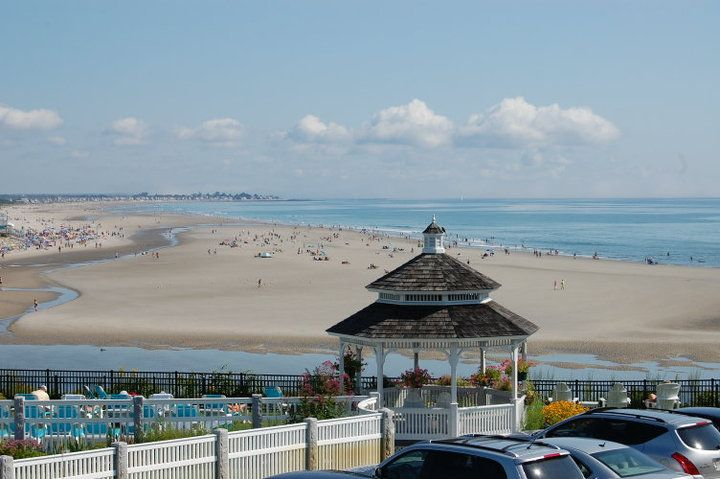 Anchorage by the Sea. Ogunquit Maine.: Favorite Places Been, Beaches Mi Favorite, Ogunquit Maine, Ogunquit Beaches Mi, Happy Places, Favorite Hotels, Blue Water, Powder Soft, Soft Sands