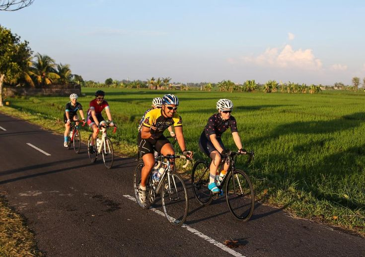 On Day 1 of our Bali cycling adventure we woke up early to a pink and blue sunrise, then had a traditional Indonesian breakfast before pumping our tires and rolling out onto the quiet roads. From t…