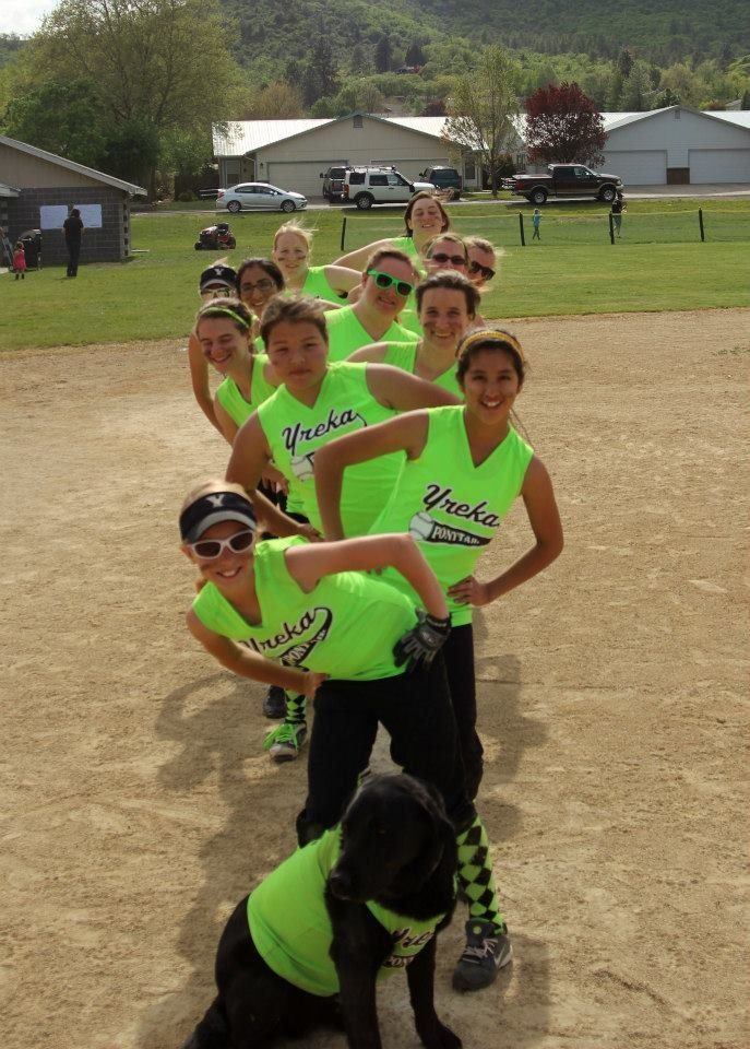Softball photo ideas. This was my team, Boom! :)