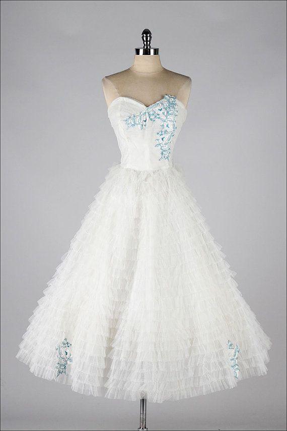 vintage 1950s dress . white tulle . blue