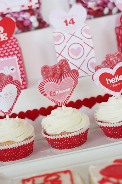 25 unique Valentines day office ideas on Pinterest DIY