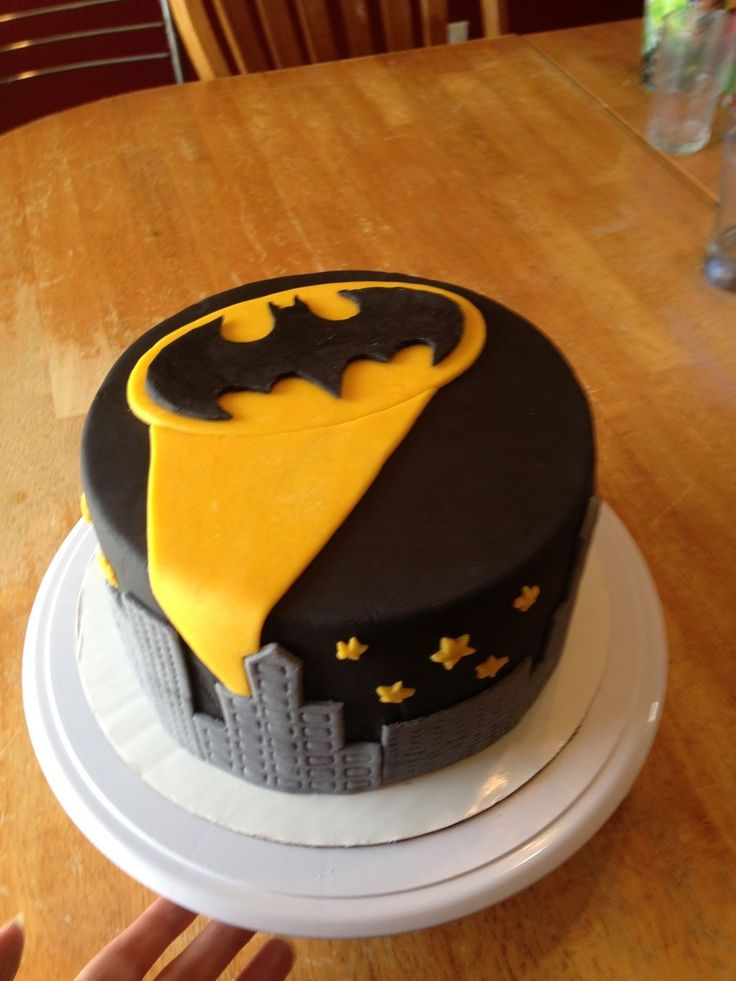 how to make a batman cake with fondant