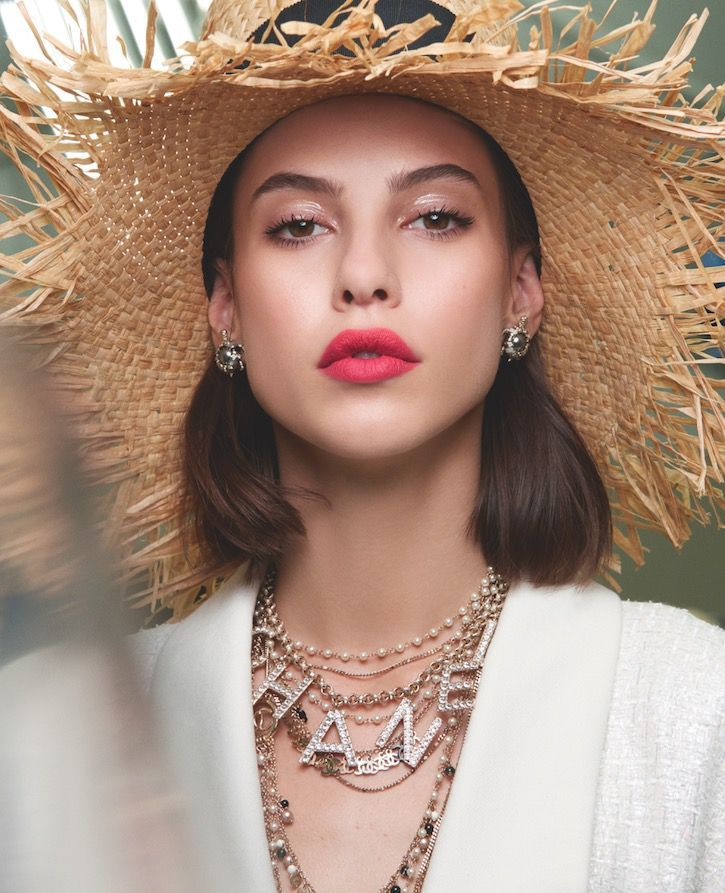 0f3a26bac36e Every High Fashion Make-Up Look From Backstage At Fashion Week SS19 |  Wedding + | Chanel makeup looks, Chanel beauty, Chanel makeup