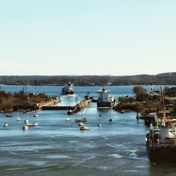 Kiel Insights: Holtenauer Hochbrücke / Schleuse / NOK / Nord-Ostsee-Kanal / Kieler Förde / Ostsee