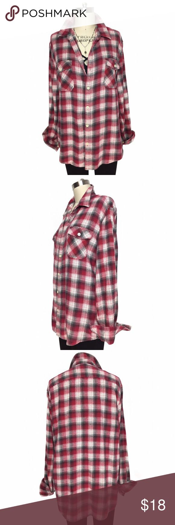 COTTON PLAID WORN IN ULTRA SOFT PLAID BUTTON DOWN! COTTON PLAID WORN IN ULTRA SOFT PLAID BUTTON DOWN! Great staple for your outfits! Lightweight fabric is pilled to perfection feeling like its been washed a million times! Double front pockets. Perfect for everyday layering! Measurements - LENGTH: 27.5' / BUST: 23' Marked size XL. Vintage Tops Button Down Shirts