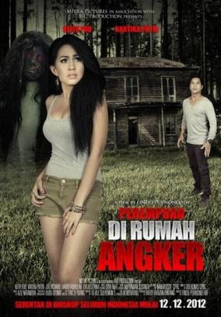 Perempuan di Rumah Angker (Findo Purwono HW) • 12 Desember 2012• 58.729 penonton