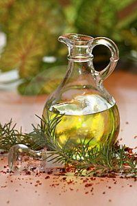 Aceite-de-oliva-y-romero