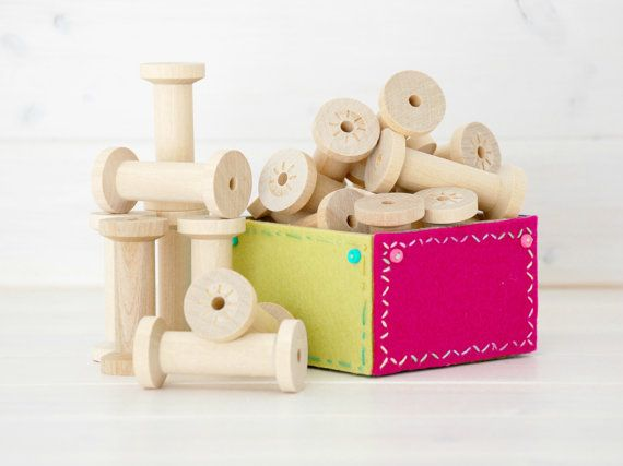 Wood Spools  20 Large  Wooden Spools  Unfinished by CraftyWoolFelt, $21.00