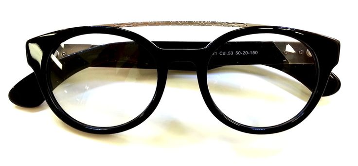 #Aviators so #hip it hurts from #IyokoInyake #glasses #eyeglasses #fashion #style #Toronto #Japan