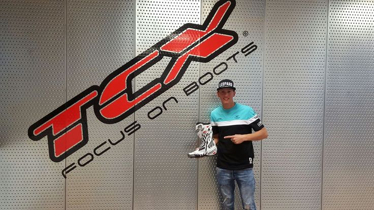 Look who's visiting us today! Andrea LOCATELLI, ready to fight in Moto3 with the Team Leopard Racing and #tcxboots. Good Luck! #tcxriders
