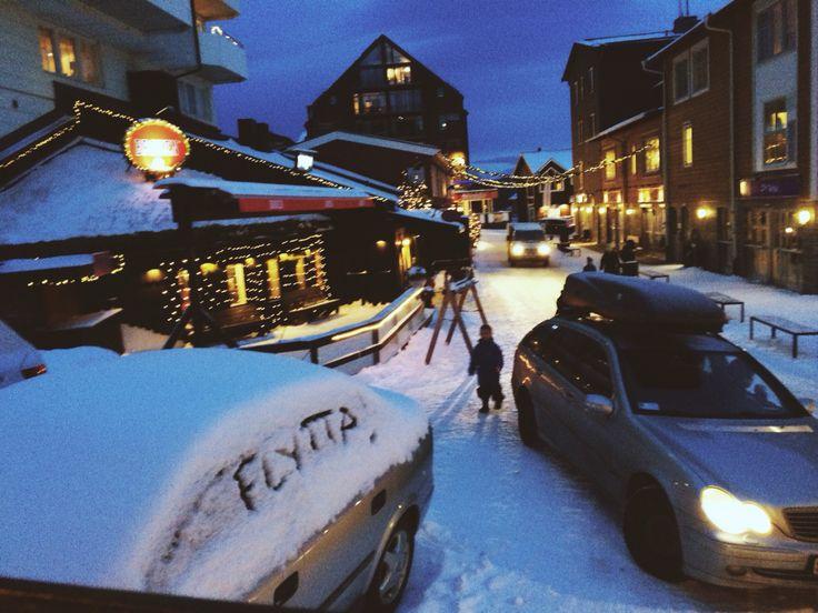 Broken Åre, Sweden