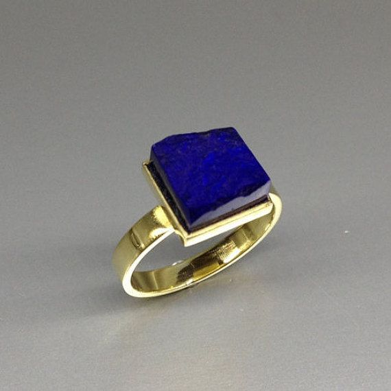 Lapis Lazuli ring with 18K gold. Deep blue raw stone ring - modern - Mother's day gift idea