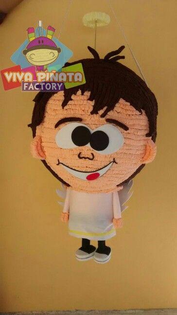 Pedido especial de piñatas basadas en imagen de niño en traje de leon y de angelito.
