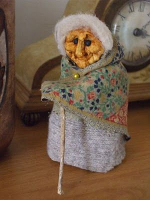 dried apple head doll