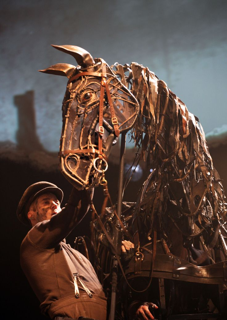 #WarHorse New London Theatre. Photo by Simon Annand.                                                                                                                                                                                 More