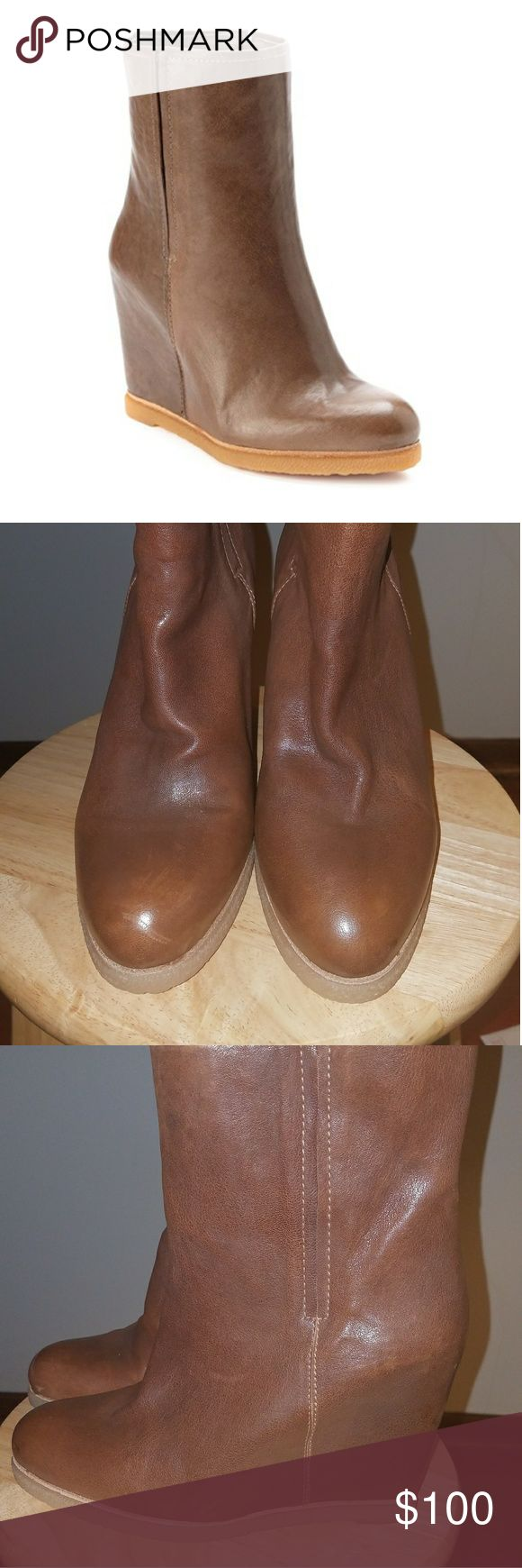 Stuart Weitzman Bootscout Leather Wedge Ankle Boot Great  Condition.. Pictures  speak for themselves1 MAKE ME AN OFFER Stuart Weitzman Shoes Wedges