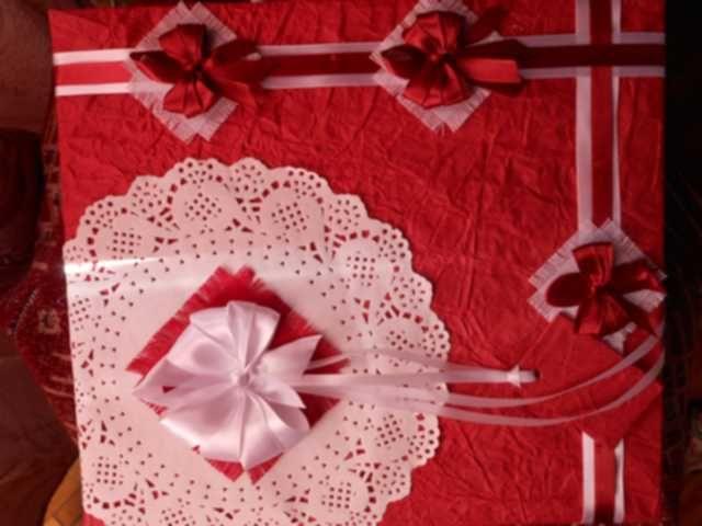 white round tablecloths