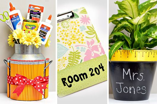 Back-to-school teacher gift ideas: Personalized clip board