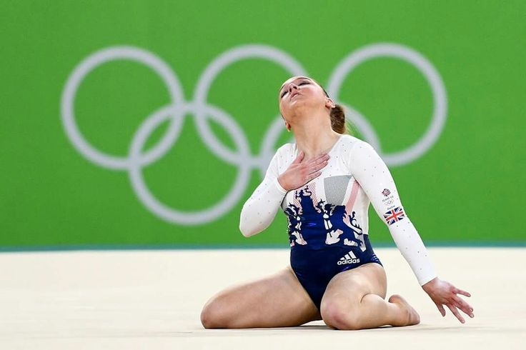 RIO DE JANEIRO, BRAZIL - AUGUST 09: Amy Tinkler of Great Britain competes on the floor during the Artistic Gymnastics Women's Team Final on Day 4 of the Rio 2016 Olympic Games at the Rio Olympic Arena on August 9, 2016 in Rio de Janeiro, Brazil. (Photo by David Ramos/Getty Images)