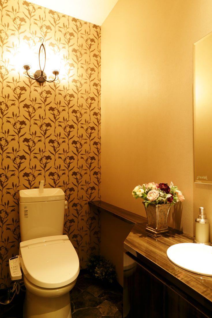 Beauty salon interior design ideas |  + white + toilet + space + decor + Japan + designs  | Follow us on https://www.facebook.com/TracksGroup <<<【gimmick トイレ】 美容室 内装
