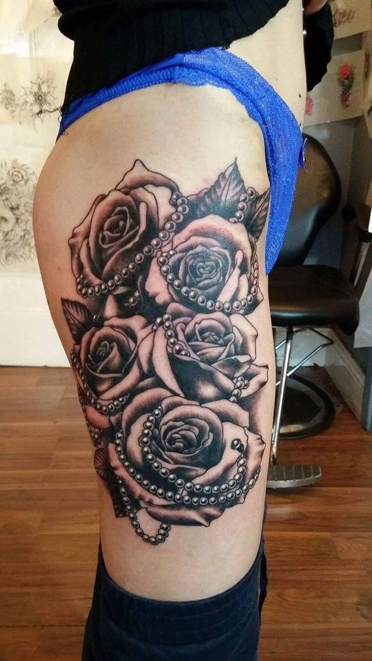 My new tattoo roses and pearls