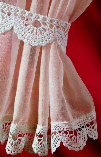 Arte Índia: Bico de Crochê para Cortinas Acompanhado de Prendedor