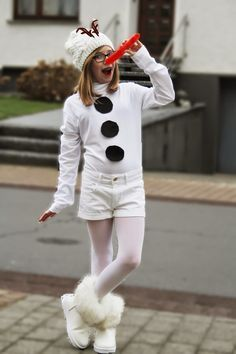 "CaroS Fashion FUN and DIY: Carnival 2015 / DIY Costume ""Olaf"" from FROZEN / Cos …"