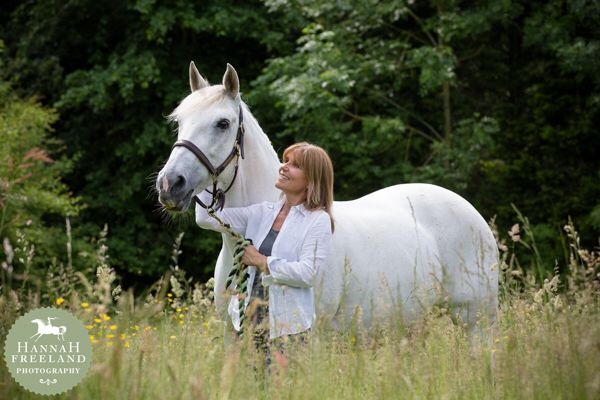 Equine portrait by Hannah Freeland Photography. Equine love and connection between horse and owner.