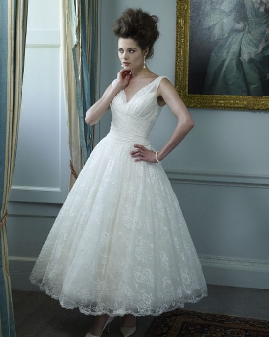 Google Image Result for http://www.weddingsonline.ie/fs/img/rs-550x688/tea-length-wedding-dress7.jpg