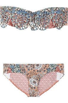 love this bandeau bikini! Love the print and the ruffles.