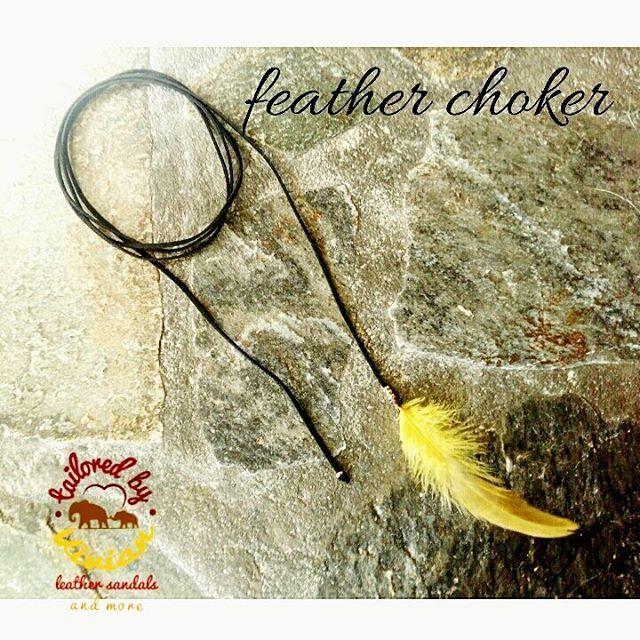 Καλησπέρα! !  Feather choker with details of gold 😇 #newcollection  #tailoredbyvivian #choker #bohochoker #featherchoker #bohochic #boho #handmadebyvivi #tailoredbyvivian #greekdesigners #greece #madeingreece #hippielife #hippiespirit #hippie #bohoinspiration #boho