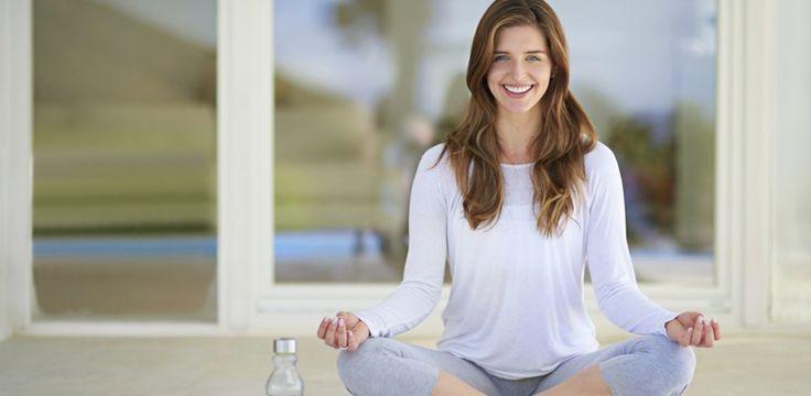 Yoga: le posizioni base per imparare bene e in fretta