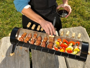 Yakitori Grill — DIY How-to from Make: Projects: Yakitori Grilled, Outdoor Ideas, Projects, Diy How To, Sheet Metals, Stuff, Diy Bbq, Skewers Grilled, Bar Food