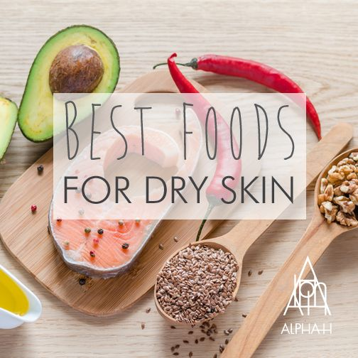 Best foods for combating dry skin? Try consuming a high-quality fish oil, eating one to three serves a week of oily fish (salmon or mackerel), using cold-pressed oils from nuts and seeds, avocado, chia seeds and walnuts.