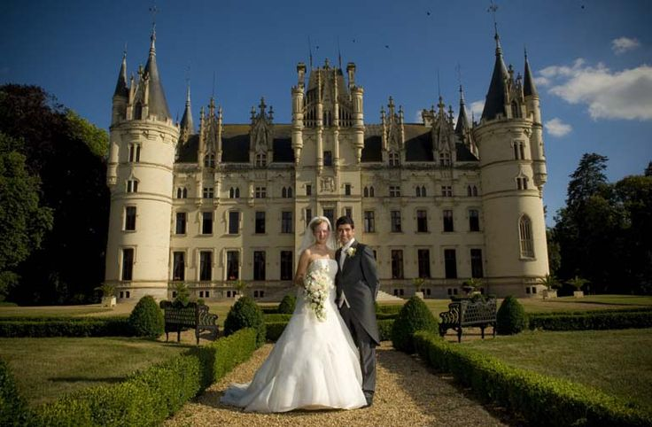 Neogothic jewel in Anjou - Wedding in France