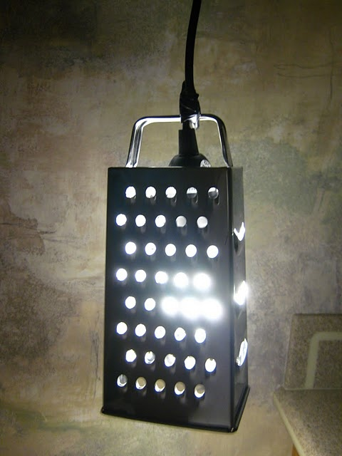 cheese grater light: Crafts Ideas, Grater Lamps, Lights Fixtures, Lights Shades, Chee Grater, Cheese Grater, Ikea Hacks, Grater Lights, Ikea Hackers