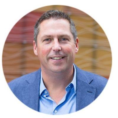 Bas Langelaar, Founder Vectrix - Entrepreneur & Business Angel.