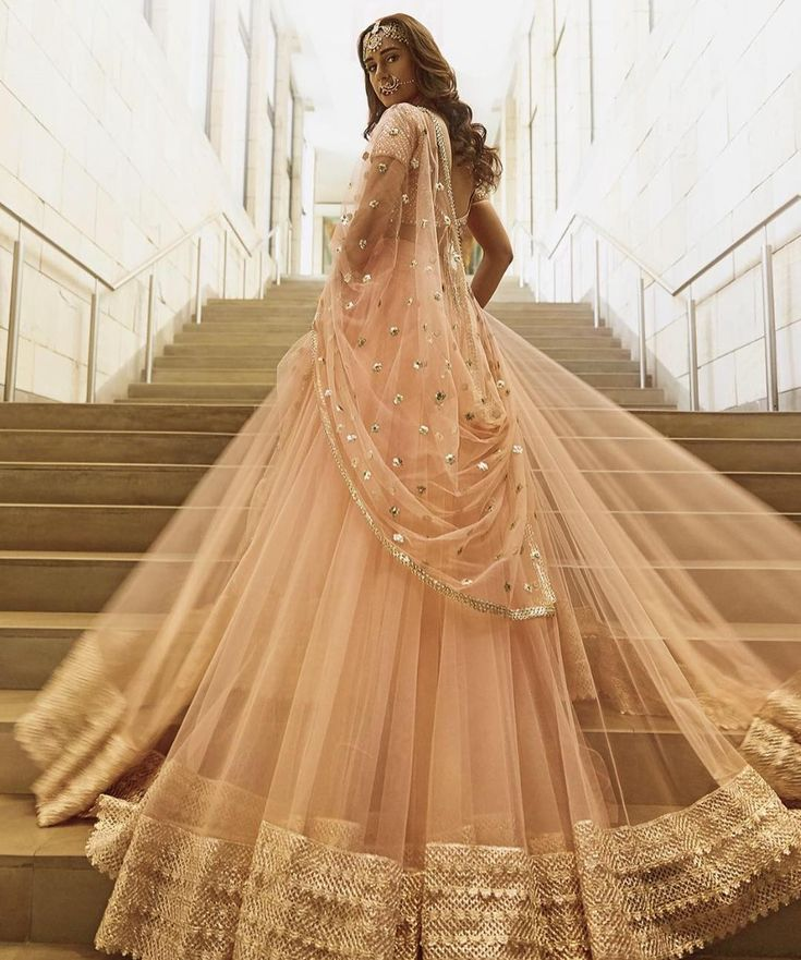 """609 Likes, 3 Comments - @afashionistasdiaries on Instagram: """"Sitara by @abhinavmishra_ Spring/Summer 2017 Collection #bollywood #style #fashion #beauty…"""""""