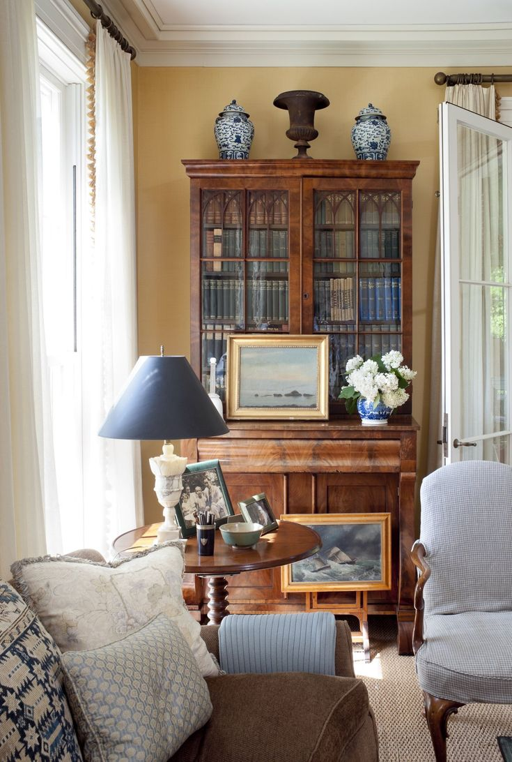 Traditional Victorian Colonial Living Room By Timothy Corrigan With Images: Dining Room Style, English Living Rooms