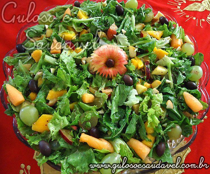 Receita de Salada de Alface e Rúcula com Frutas Tropicais