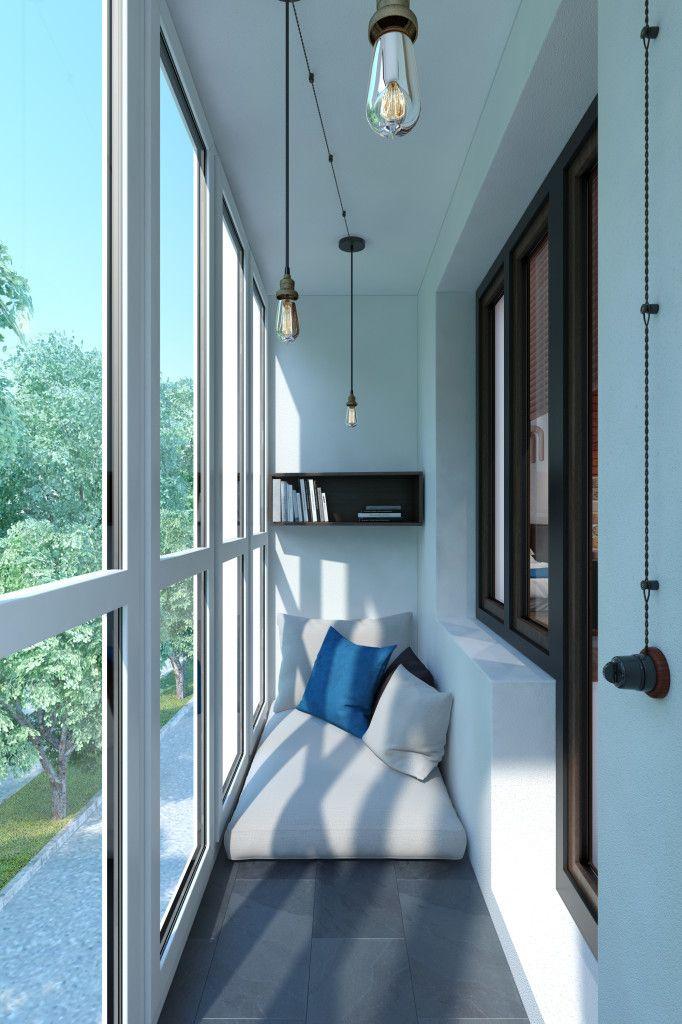 Удобное бескаркасное кресло очень удачно стало на узком балконе. .
